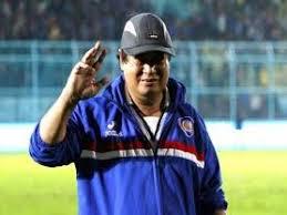 Suharno - Pelatih Arema Cronus.