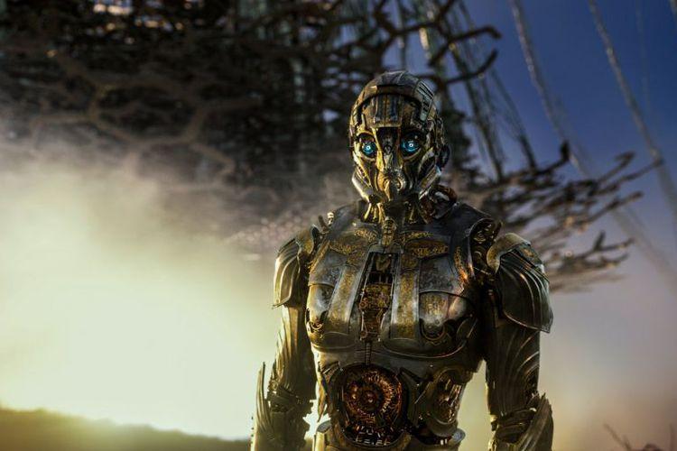 Cogman, Autobots yang suaranya diisi oleh Jim Carter dalam Transformers: The Last Knight (2017)