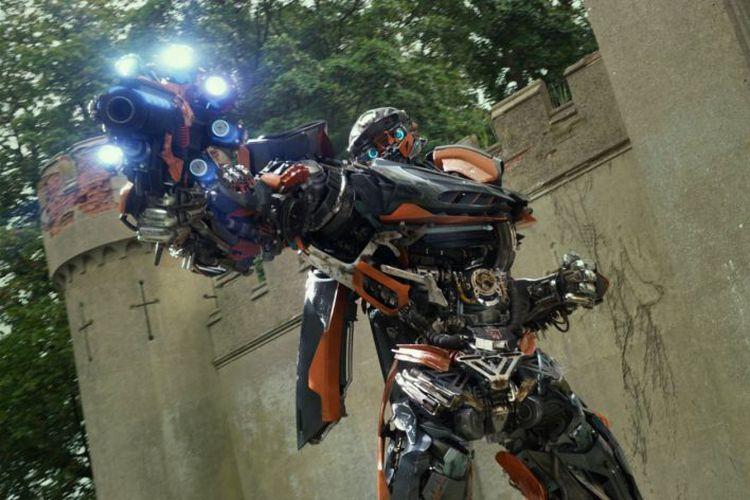 Hot Rod, Autobots yang suaranya diisi oleh Omar Sy dalam Transformers: The Last Knight (2017)