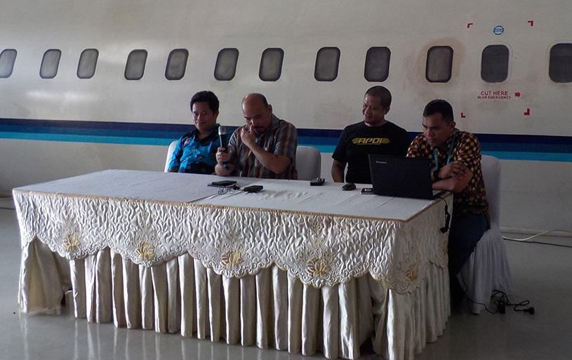 Pembicara dalam acara sertifikasi pilot drone Indonesia yang dilaksanakan oleh Asosiasi Pilot Drone Indonesia(APDI).
