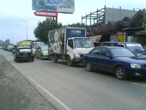 Perkembangan Jonggol Macetkan Cibubur dan Cileungsi