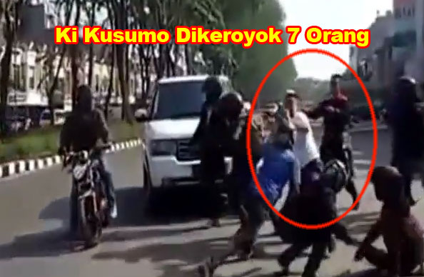 Beredar Video Ki Kusumo Dikeroyok 7 Orang di Jalanan