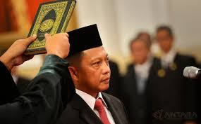 Komjen Tito Karnavian Jadi Kapolri dan Berpangkat Jenderal Polisi