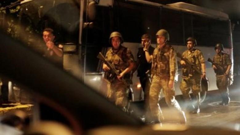 Militer Lakukan Kudeta, Turki Membara