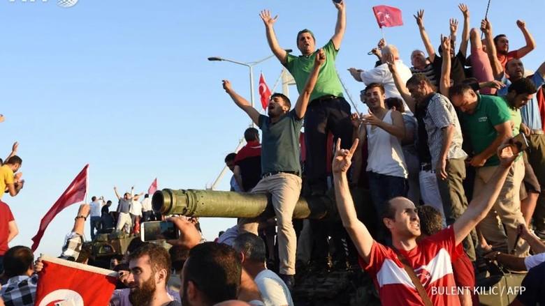Kudeta Militer Turki Gagal dalam Beberapa Jam