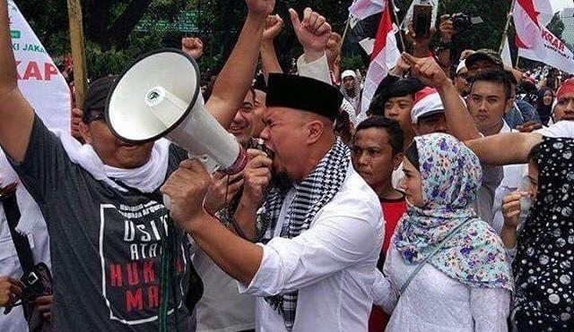 Akhirnya Ahmad Dhani Dilaporkan ke Polisi karena menghina Presiden Jokowi