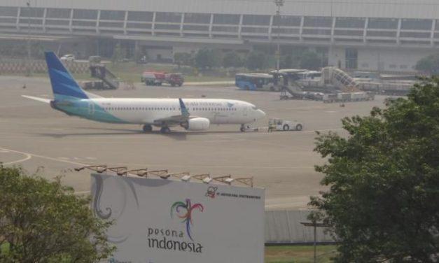 Pilot Batalkan Pendaratan di Bandara Soetta. Pahami Keputusannya.
