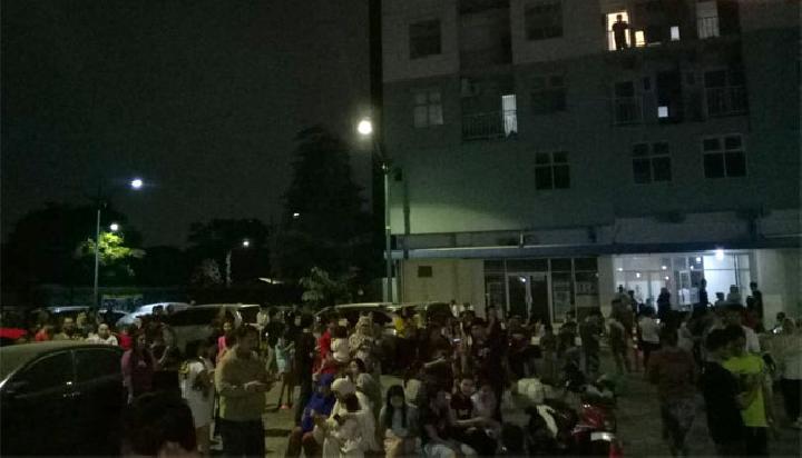 gempa banten 7,4 sr terasa hingga jakarta, lampung dan jabar.