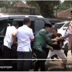 Beredar Video Terbaru Rekaman Penusukan Wiranto dari Arah Depan, Ada Tiga Serangan