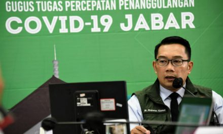 Ridwan Kamil: Karang Taruna Pastikan Warga Terdampak COVID-19 Dapat Bantuan