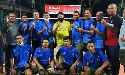 Team PB Kadus V Ditumbangkan Team PB Nyangegeng A Dengan Skor 1-2 Dalam Kejuaraan Bulu Tangkis Piala Kades Singajaya