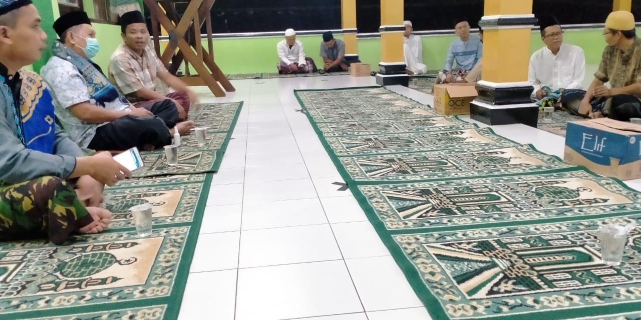 Gebrakan DKM Masjid Al-Amanah Rasamala, Rapat DKM Usai Shalat Subuh Berjamaah