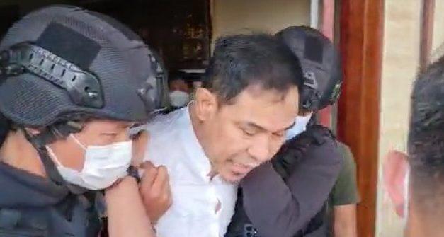 Munarman Ditangkap Densus 88, Diduga Terkait Baiat ISIS dan Temuan Bahan Peledak