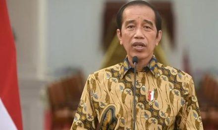 PPKM Level 4 Diperpanjang, Presiden Jokowi Klaim Kasus Covid-19 Turun